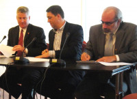 2011_6_2_Ohio_Romania Partnerships Signing